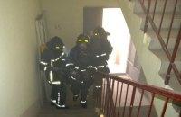 В Харьковской области пожарные спасли 11 человек из горящего общежития