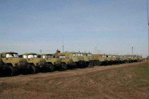 Міноборони: реєстрацію автомобілів у військкоматі введено лише для юросіб
