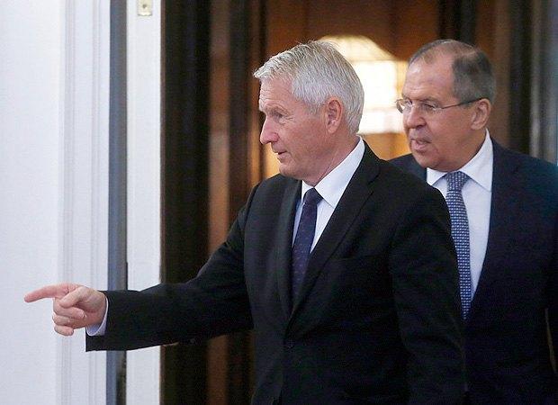 Генсек Ради Європи Торбйорн Ягланд (ліворуч) і міністр закордонних справ Росії Сергій Лавров під час зустрічі в Москві, 20 жовтня 2017.
