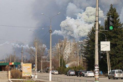 На складах в Балаклее продолжают взрываться снаряды