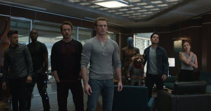"""Кадр из фильма """"Мстители: Завершение"""""""