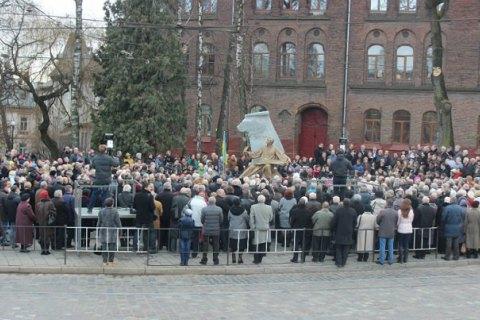 Во Львове открыли памятник автору национального гимна Украины