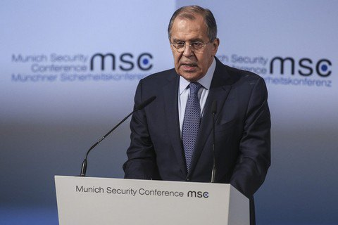 Лавров анонсировал новое сокращение числа дипломатов США в России