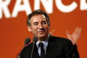 Новый кандидат вступил в борьбу за президентское кресло во Франции