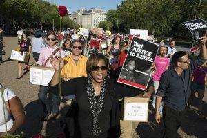 США: в охваченном беспорядками Фергюсоне арестован сенатор