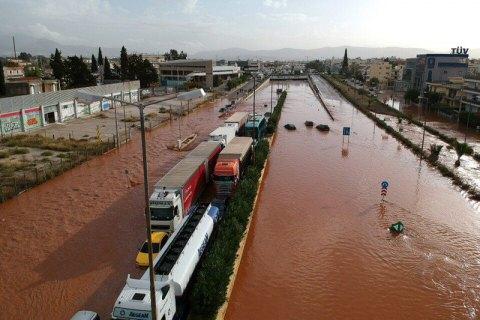 Наводнения вАфинах забрали жизни 5-ти человек
