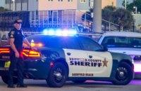 В США в школе случайно выстрелил пистолет, который принес старшеклассник, есть жертвы