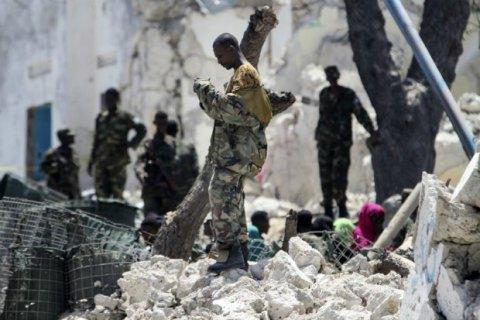 Під час вибуху будівлі ООН у Сомалі постраждали охоронці