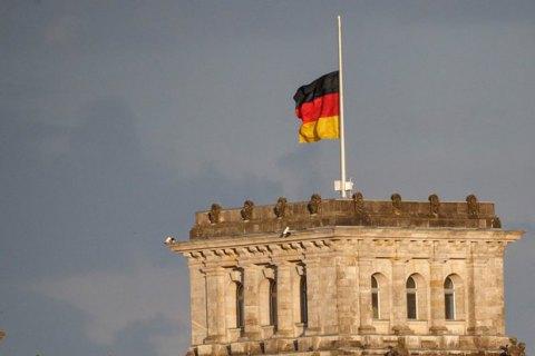 В Германии во время строительства на стадионе нашли огромную свастику