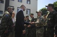 """Яценюк: """"Дніпро-1"""" стане основою для українського SWAT"""