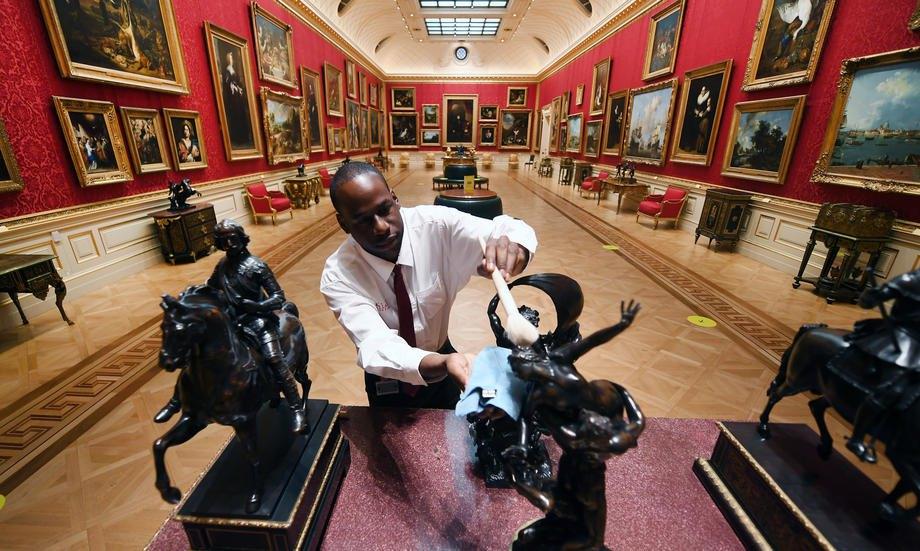 У музеї Зібрання Воллеса, Лондон, Великобританія, 15 липня 2020 р.