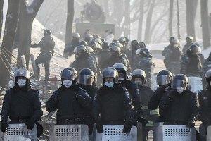 На Грушевського постраждали і захворіли більш ніж 1500 міліціонерів, - МВС
