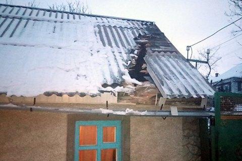 В результате артобстрела Верхнеторецкого повреждены 8 домов