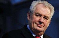 """Президент Чехії назвав Яценюка """"прем'єром війни"""""""