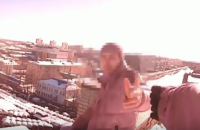 В Сумах полицейские спасли мужчину, который собирался прыгнуть с девятиэтажки