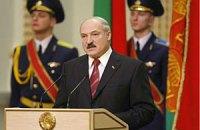 Лукашенко советует белорусам не забирать вклады