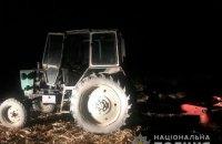В Черновицкой области пьяный тракторист наехал на пятилетнюю девочку