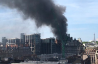 Сильный пожар возник в пятизвездочном отеле в центре Лондона