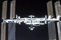Космічний корабель Crew Dragon уперше перестикувався з МКС