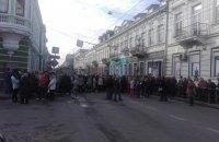 Жителі Тернополя заблокували три центральні вулиці у зв'язку із здорожчанням проїзду в транспорті