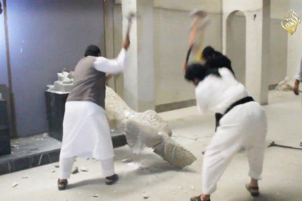 Знищення бойовиками ІД експонатів музею міста Мосул