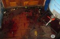 Покупатель стеклянной бутылкой зарезал до смерти продавщицу в магазине в Харьковской области