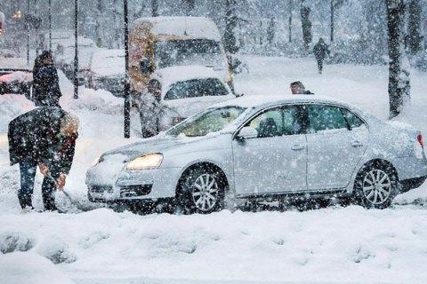Завтра в Києві обіцяють невеликий сніг, до -4 градусів