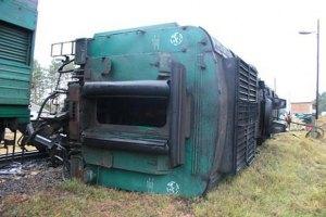 В Луганской области поезд сошел с рельс