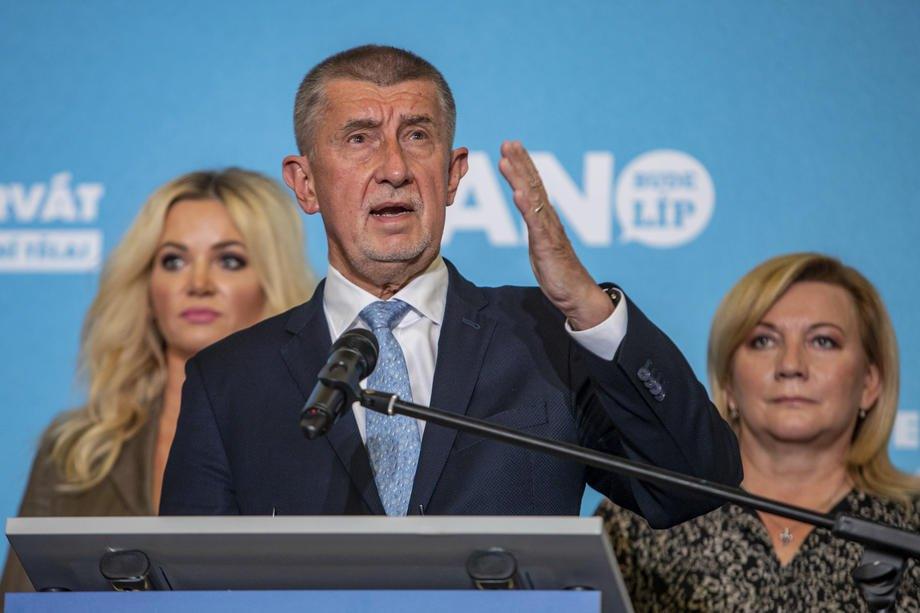 Андрей Бабіш, прем'єр-міністр Чехії та лідер руху ANO, виступає на пресконференції у Празі, 9 жовтня 2021 р.