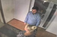 Убийцу мужчины у McDonald's в Киеве отпустили под домашний арест