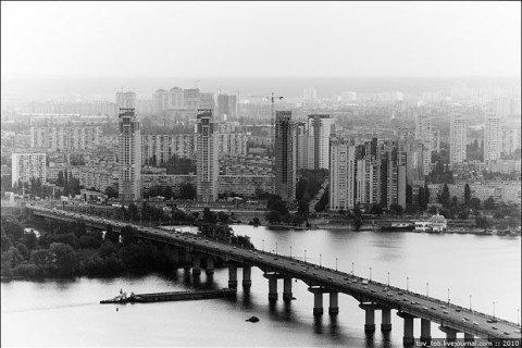 У Києві до 24 лютого обмежать рух транспорту по мосту Патона