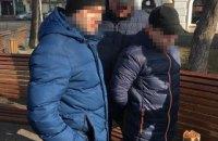 У Вінниці затримали митника за спробу дати хабар співробітникові СБУ