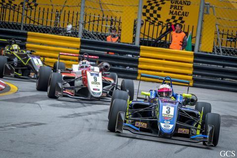 Спадкоємець Габсбургів втратив перемогу на Гран-прі Макао в останньому повороті