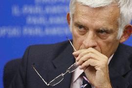 Глава Европарламента обещает пристально следить за Украиной