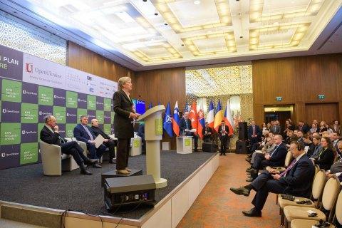 Заступник генсека НАТО вважає реалістичною метою вступ України в Альянс і ЄС