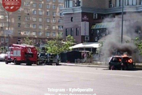 У Києві заради зйомок фільму спалили позашляховик