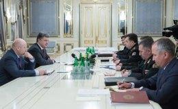 Українська армія відбила атаки по всьому фронту, - Порошенко
