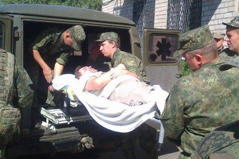Военный погиб, еще двое ранены у Донецкого аэропорта
