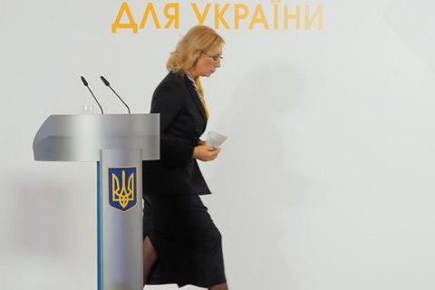 Моряків і Едема Бекірова відпустили під особисте зобов'язання Денісової