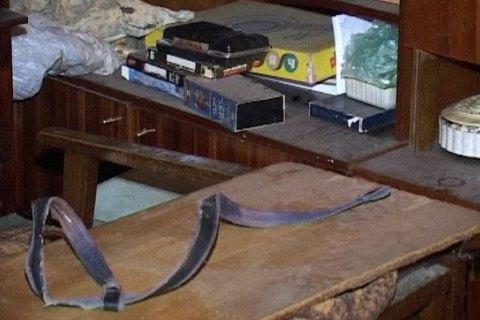 У Києві в квартирі знайшли повішеного чоловіка і мумію його матері