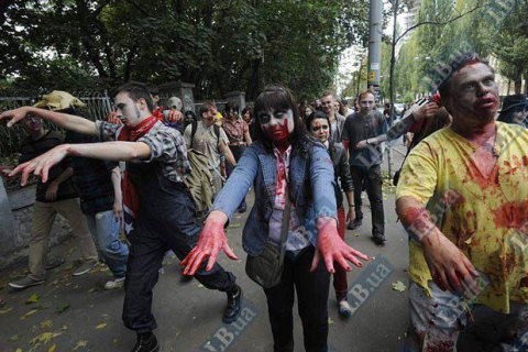 В России православные активисты потребовали оградить граждан от зомби-флешмоба