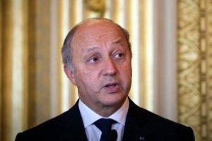 Членство Росії в G8 призупинено, - глава МЗС Франції