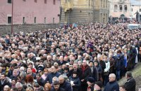 35 тысяч верующих УГКЦ провели крестный ход в центре Львова