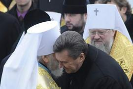 Януковича призывают отменить привилегии для УПЦ МП