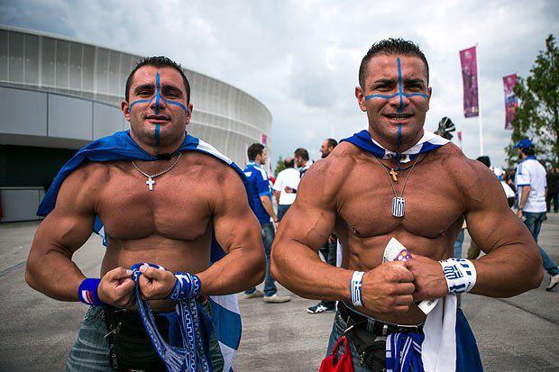 Праворуч - Ахілл, ліворуч - Геракл