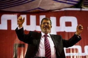 """Мурси назвал свою отставку """"военным переворотом"""""""