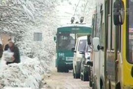 Снегопады во Львове оставили город без воды