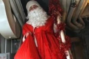 Деда Мороза может настигнуть инсульт и ожирение