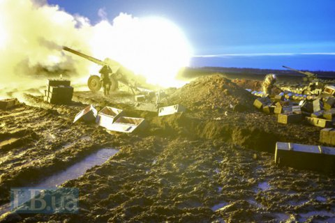 Ukrainian troops in Donbas shelled with heavy weapons - HQ