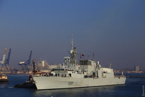 Canadian, Spanish NATO frigates arrive in Odesa